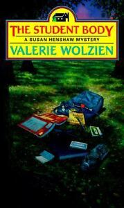 The-Student-Body-A-Susan-Henshaw-Mystery-12-Wolzien-Valerie-Good-Book