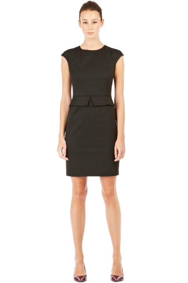 Tips on Buying Appropriate Dresses for Work