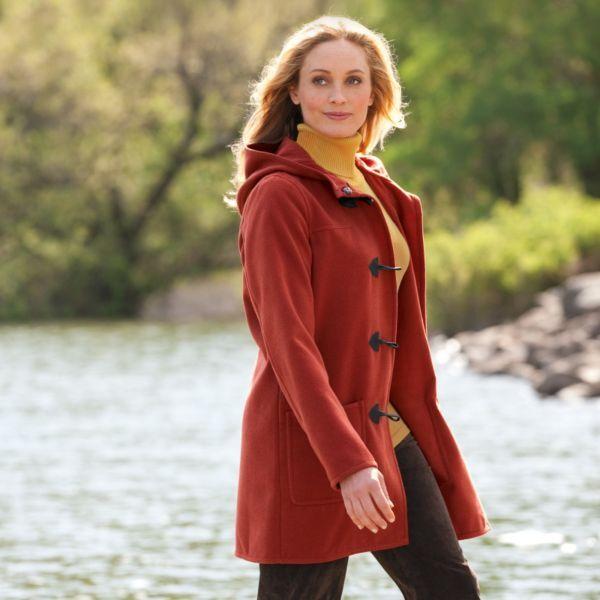 Der Damenjacken-Klassiker für die Herbst- und Winterzeit: So kombinieren Sie Ihren Dufflecoat