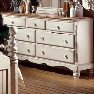 History Of Antique Dressers And Vanities