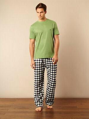 A Guy's Guide to Buying Men's Long Pyjama Bottoms