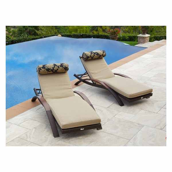 Your guide to buying outdoor furniture ebay for Outdoor poolside furniture