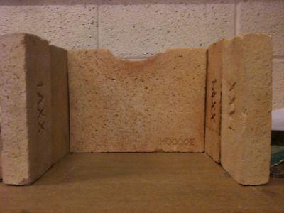 (AGA Little Wenlock Classic Replacement Fire bricks Set GENUINE ORIGINAL PARTS)