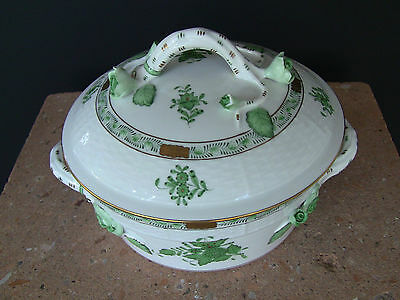 HEREND Chinese Bouquet Green Covered Vegetable Bowl  6 1/2