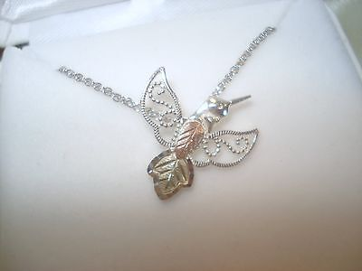 10k SOLID GOLD LEAFS ON ~HUMMING BIRD PENDANT-18 INCH-ANIMALS
