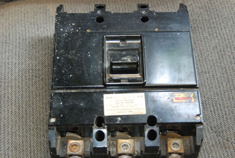 General Electric, TJ236100, 100 Amp Circuit Breaker, no top lugs,