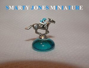 SMARTY JONES MINIATURE FIGURINE HAND PAINTED HORSE RACING KENTUCKY DERBY
