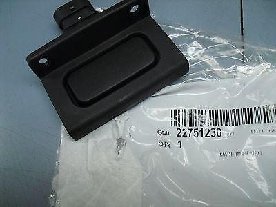 05-13 C6 Corvette 04-09 XLR New GM Updated Door Latch Release switch 22751230