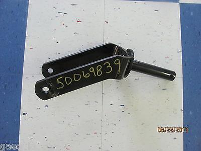 TAILWHEEL FORK BUSH HOG 50069839 FORK, BUSH HOG 64910 FORK, 1 1/2 HEAVY DUTY
