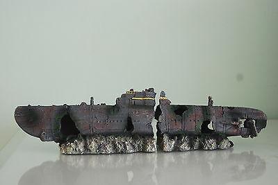 Acuario Sunken Yankee Sub Barco Dos Partes Tamaño Mediano 40 x 10...