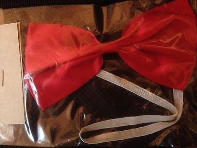 Red Neck Costume (RED SATINY COSTUME BOW TIE ACCESSORY-UNISEX-NEW IN PACKAGE-WHITE ELASTIC)
