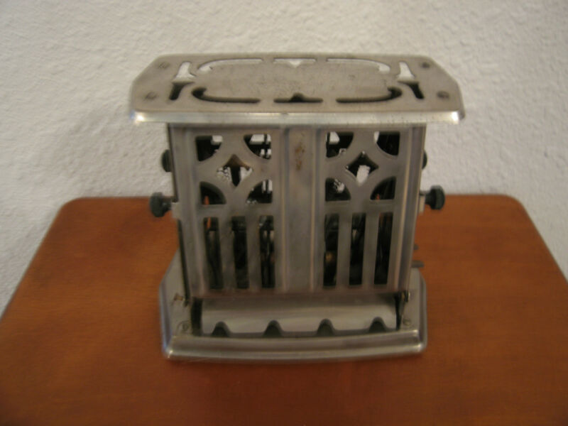 Vintage Antique Manning Bowman Chrome Toaster