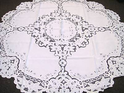 """White Wedding Events Embroidered Fabric Tablecloth 72x72"""" Round 6 Napkins"""