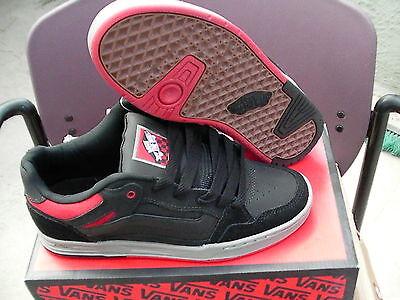 Vans Herren Skateboard Schuhe Desurgent Schwarz/Rot/Grau Größe 9.5 Neu mit (Grau Schwarze Vans Schuhe)