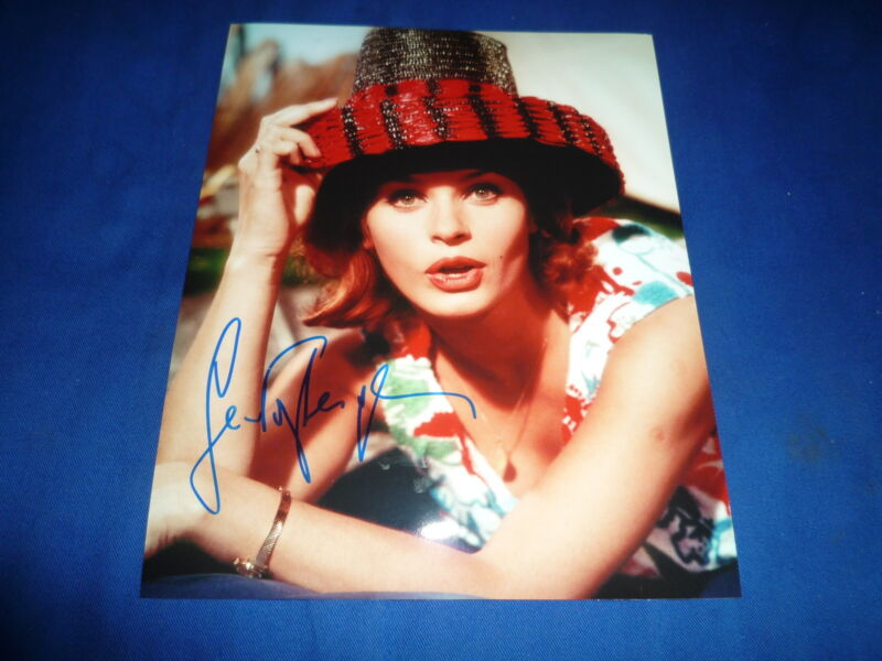 SENTA BERGER signed autograph In Person 8x10 (20x25 cm) CAST A GIANT SHADOW