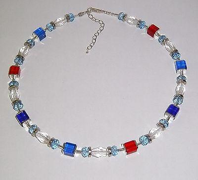 EIN TRAUM von Würfelkette Kristallglas Würfeln und Glasrhomben blau/rot ()