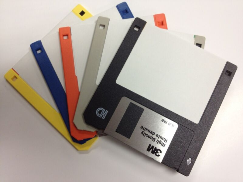 "50 Pack 1.44 MB 3.5""  FLOPPY DISKS.  RECYCLED DISKETTES GUARANTEED 100%"