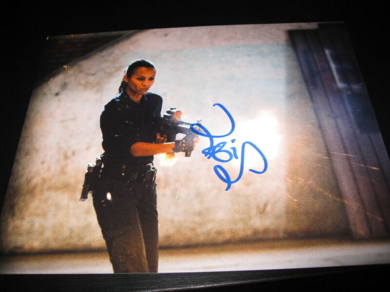 ZOE SALDANA SIGNED AUTOGRAPH 8x10 PHOTO AVATAR COLOMBIANA IN PERSON RARE COA K