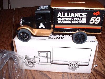 Ertl 1931 Hawkeye Motor Truck Bank  Nib  Alliance Fan Club  2 Robert Pressley