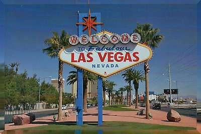 World Famous Las Vegas Sign  Las Vegas Boulevard  Nevada  Casinos Etc   Postcard