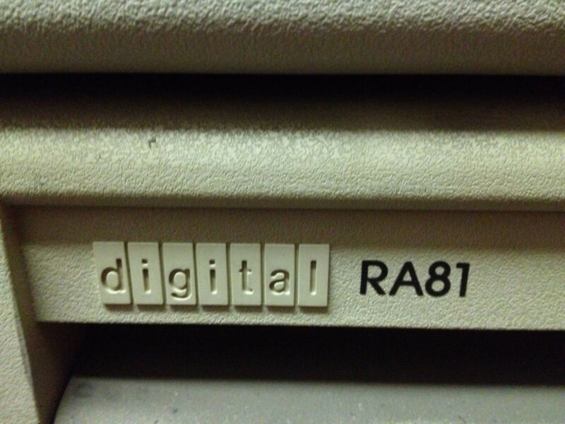 DEC RA81-AA 450MB Disk Drive, fully TESTED!!!