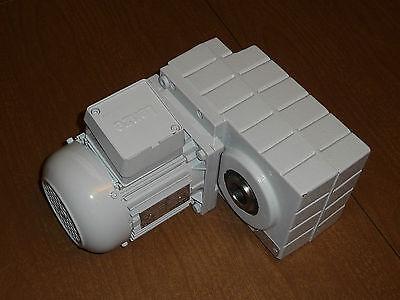 Lenze Ac Gear Motor Gearbox Gfl05-2mhdr-071-12 1.25 Bore 220-480v