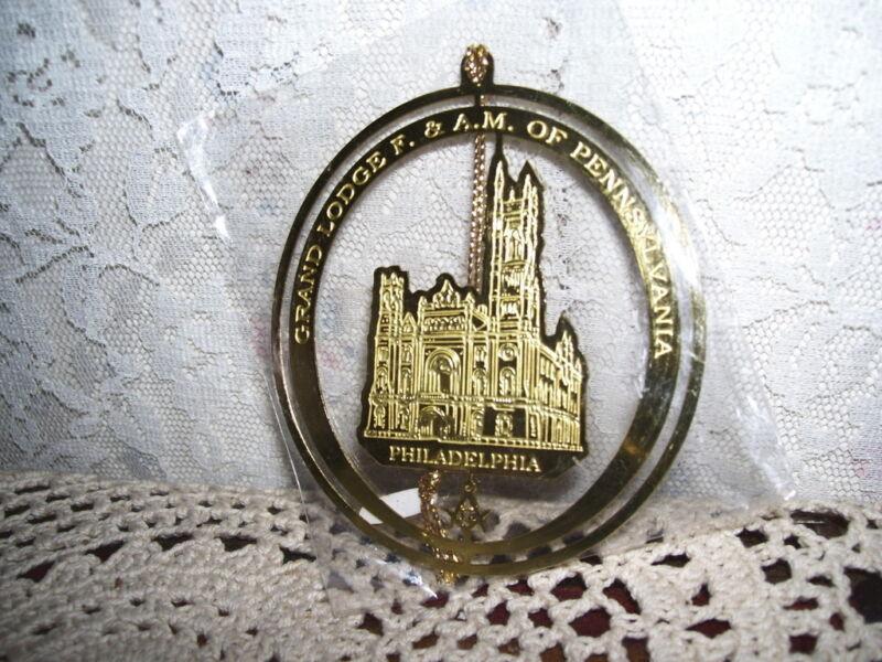 Goldtone Masonic Ornament Grand Lodge Philadelphia F&AM of PA Mint in Pack