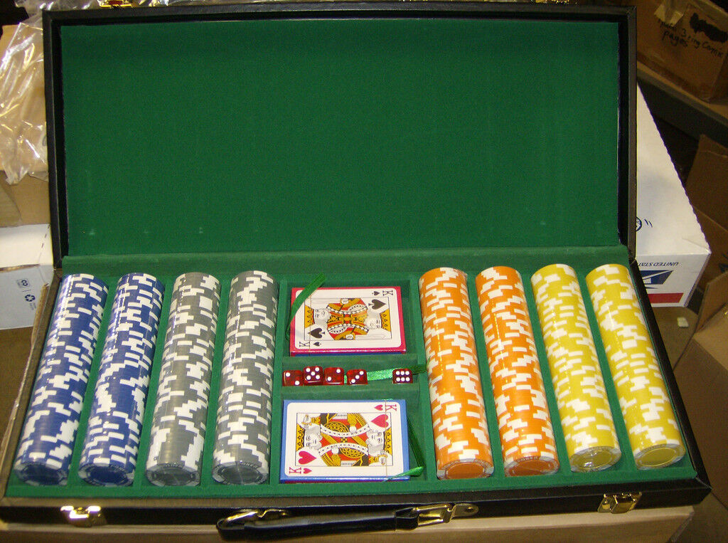 115 Gram 400 count Holdem Design Poker Chip Set w vinyl case Brand New