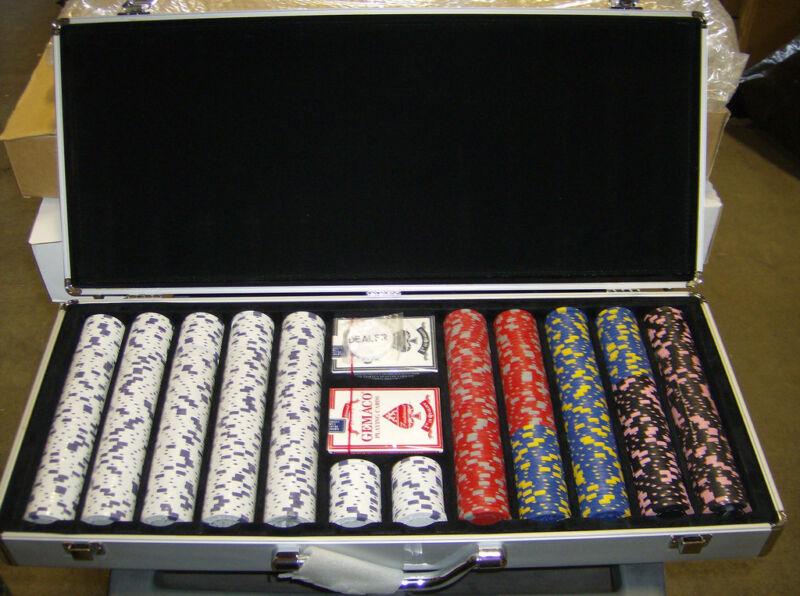 13 Gram 650 count Casino Pro Clay Design Poker Chip Set w/ Aluminum case! New!