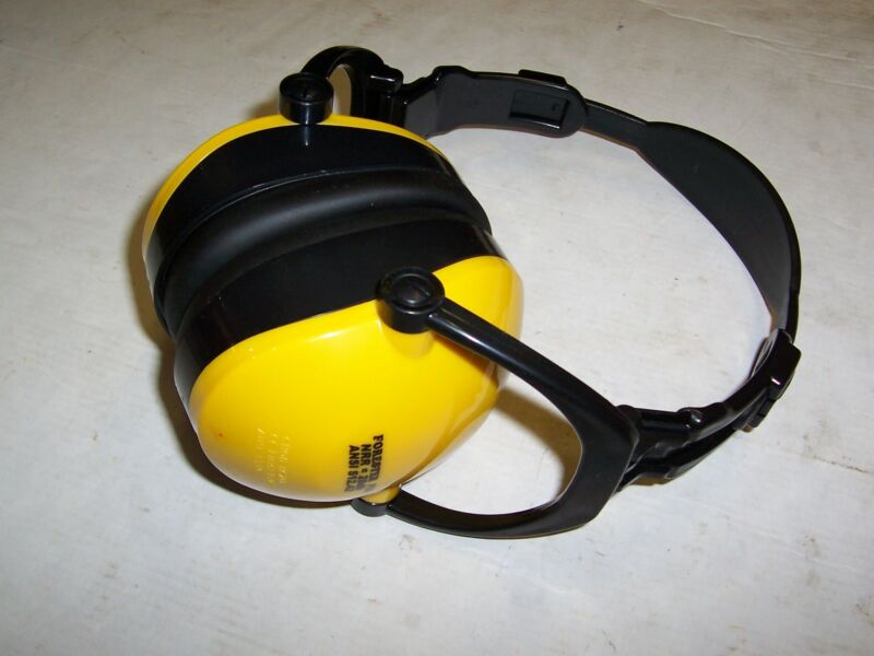PROTECTIVE EAR MUFFS FOR STIHL NRR=28db ANSI S12.42 COLOR: YELLOW