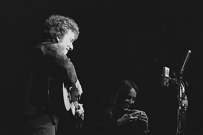 Bob Dylan with Joan Baez 4x6 Vintage 60's Photograph at folk concert #3B