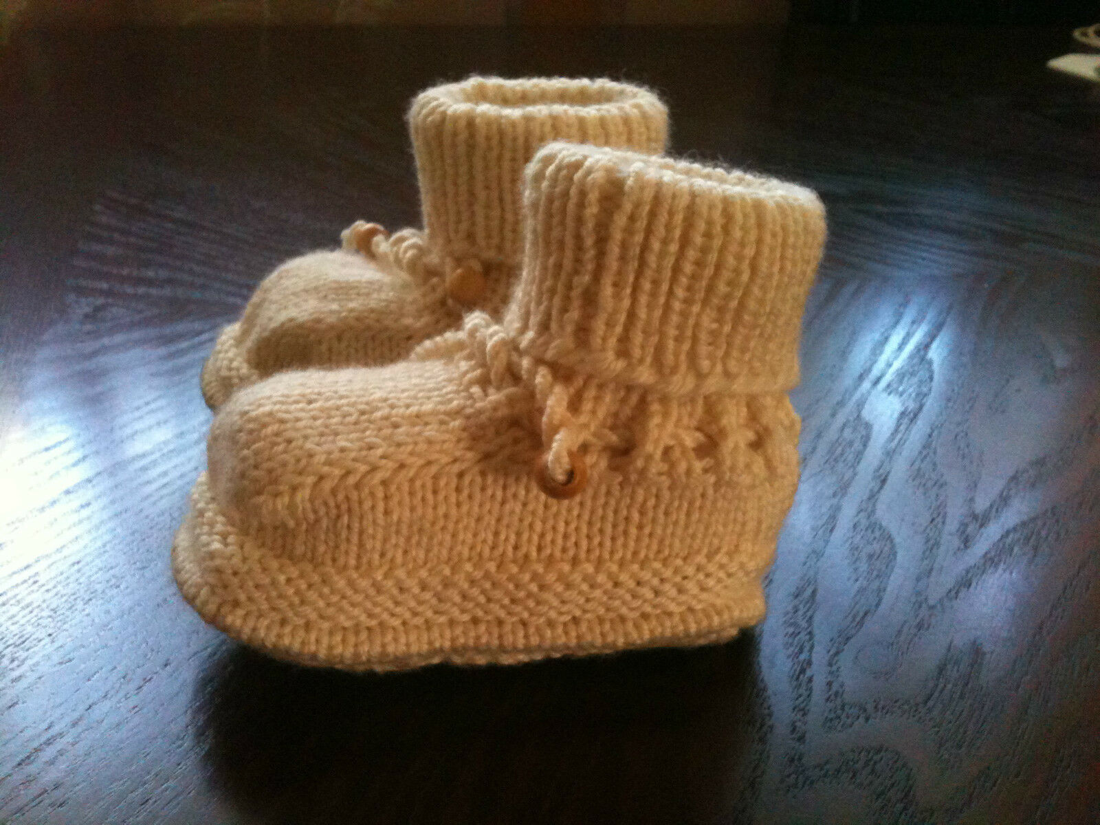 New Baby Girl/ Boy Cute and Warm Wool Blend White Knitted Shoes/ Boots 3-6 Month 1