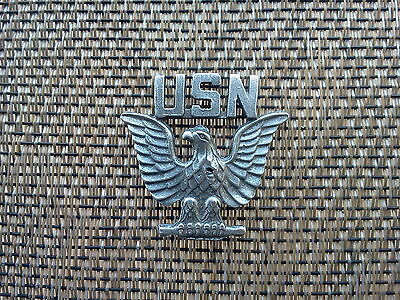 U.S.A. AMERICA SERVICEMEN JEWELRY 1 NAVY INSIGNIA PEWTER PIN All New.