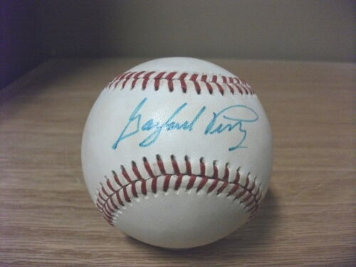 Gaylord Perry Giant Signed Autographed OML Baseball PSA