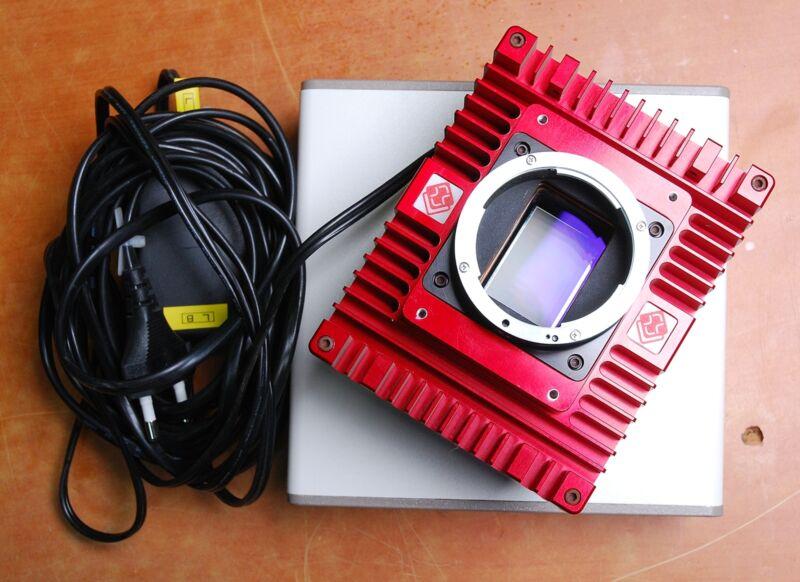 MEGAPLUS II EC11000 Full 35mm 11 megapixel CCD VISION CAMERA SYSTEM