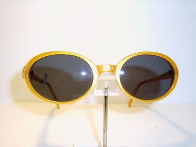 GUESS Vintage - Sonnenbrille 724 mit Kunststoffgläsern zum Superpreis