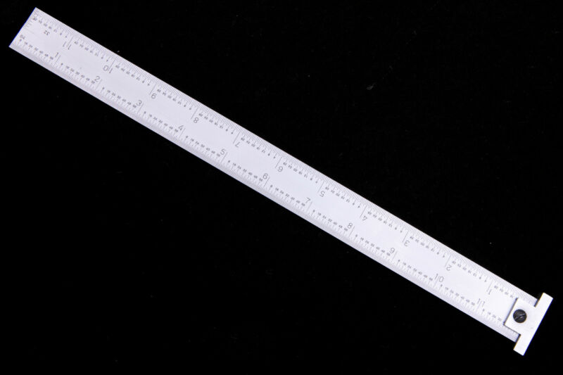 """Igaging 12"""" machinist hook ruler / rule 4R  with 1/8, 1/16, 1/32, 1/64 grads"""