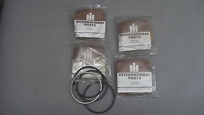 Lot Of 4 International Dresser Komatsu Cylinder Piston Rings 500242424442414
