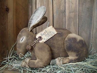 PATTERN~/bunny/RABBIT/SITTER/easter/spring/extreme/MY PRIMITIVE SALTBOX/PT076