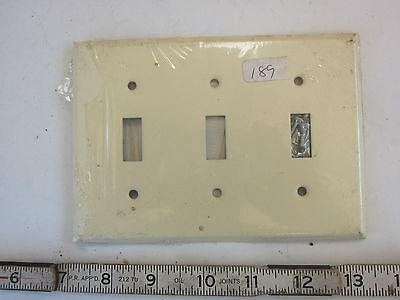 2 Gang Duplex Metal Wall Plate Lot of 5 NIB