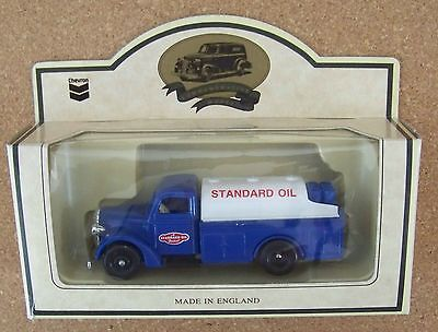 Lledo Chevron Standard Oil 1936 Farm Delivery Truck