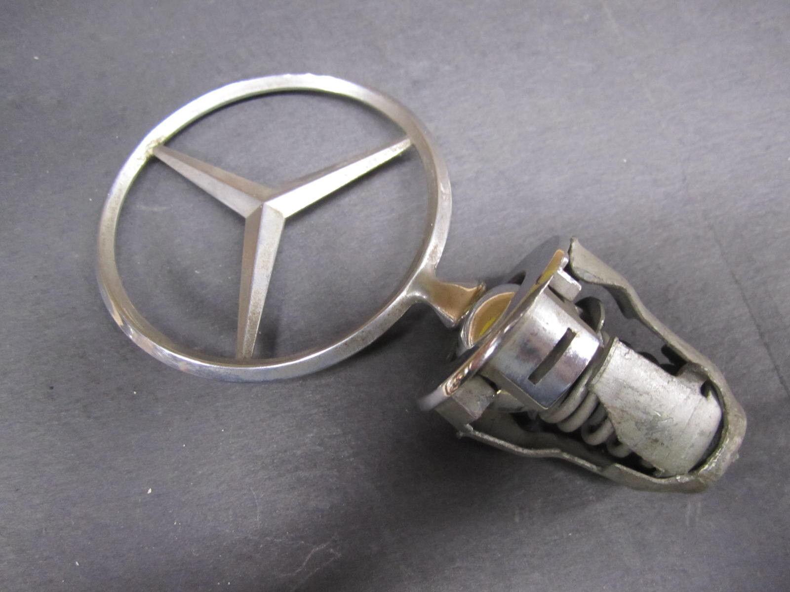 Genuine Mercedes-Benz W126 560SEC  Rear trunk badge logo emblem A1268172415
