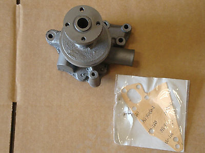 1500 1700 1900 Ford Tractor New Engine Water Pump With Gasket