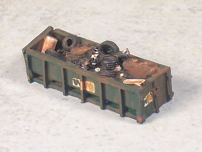 N Scale WM Green Dumpster w trash inside, version #12