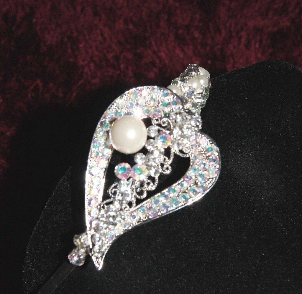 Wedding Tiara Vintage Style Chic Crystal and Pearl Side