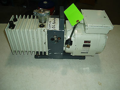 Alcatel Vacuum Pump 11o220 Volts Zm2007