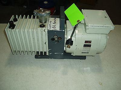 Alcatel Vacuum Pump 11o220 Volts Zm2007