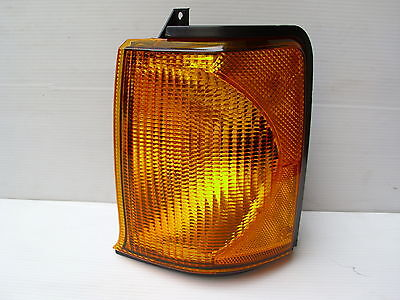LAND ROVER DISCOVERY 2 FRONT INDICATOR LAMP LH UPTO 03 - NEW LAMP - XBD100880