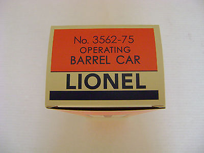 Lionel 3562-75  AT&SF Operating  Orange  Barrel Car Licensed Box