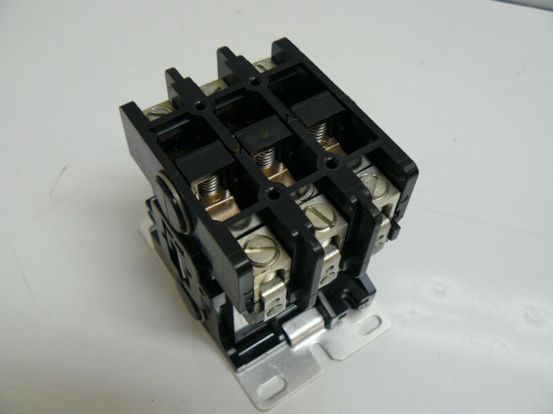 GOULD 5X469 CONTACTOR 50A RES./POLE 600VOLTS MAX AC DTNEB430BA